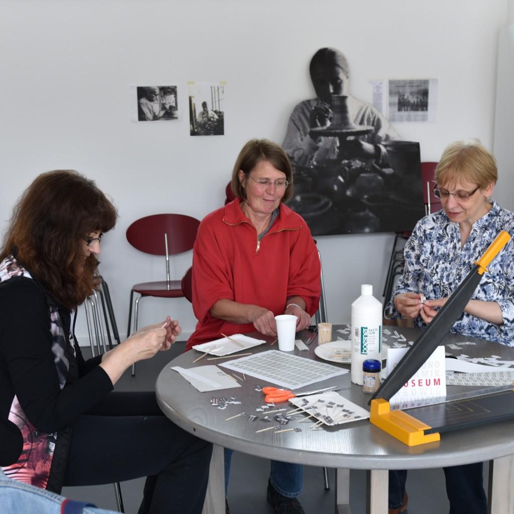 vorbereitung-der-eröffnungsfeierlichkeit-hbmuseum-Kopie